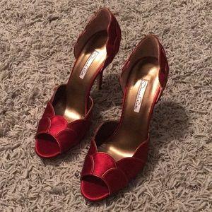 Never worn Oscar De La Renta 39 1/2 Italian shoes!